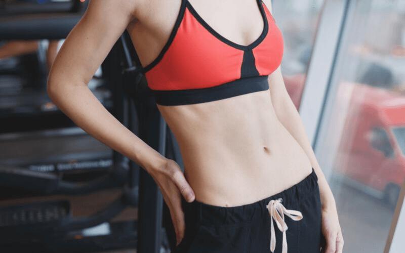 Ćwiczenia na brzuch dla biegaczy – 8 ćwiczeń na mocny brzuch