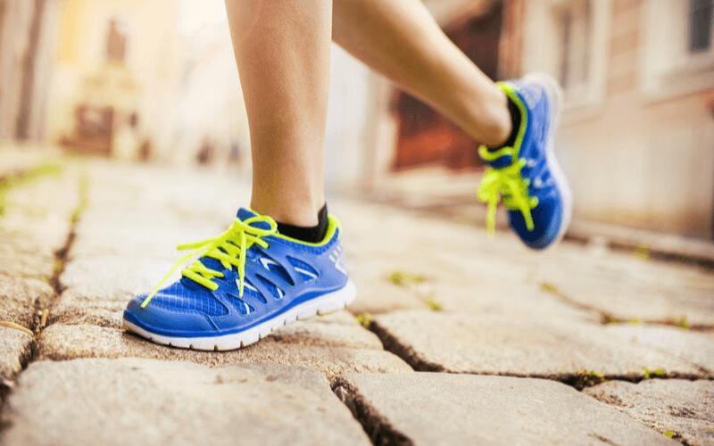 Jak dbać o stopy –  8 sposobów na zdrowe stopy