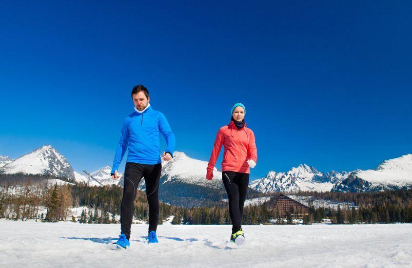 Kurtka do biegania – jak wybrać najlepszy model? Poradnik