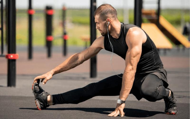 Rozciąganie łydek po bieganiu – Oto jak robić to poprawnie i kompleksowo.