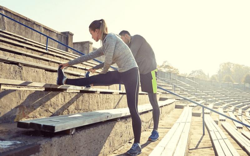 Zakwasy po bieganiu – Jak się ich pozbyć? 10 skutecznych metod