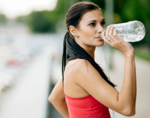 nawodnienie podczas biegania - co pić po treningu