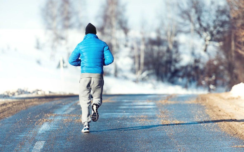 buty z kolcami na zimę