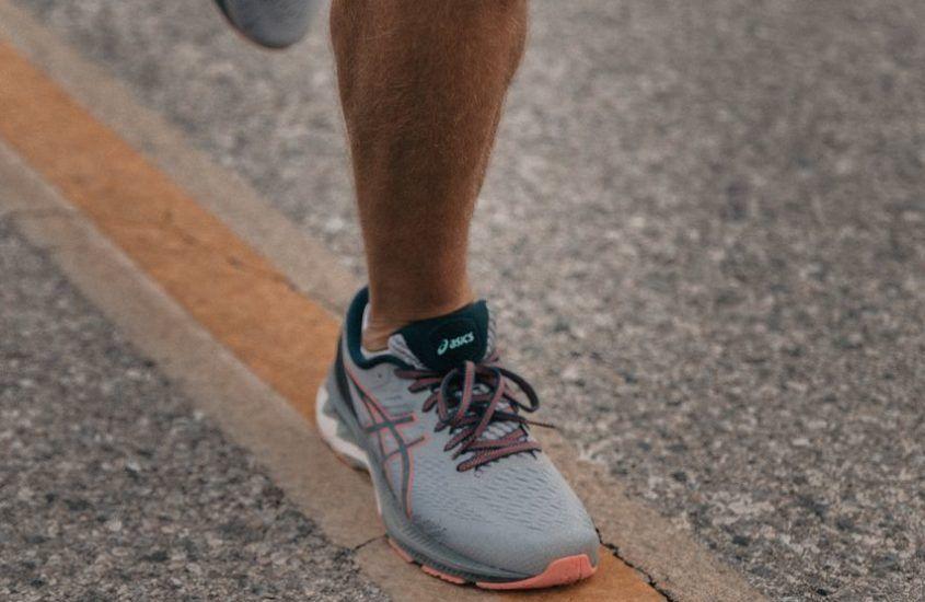 Powrót do biegania. Jak wzmocnić kostkę po skręceniu?