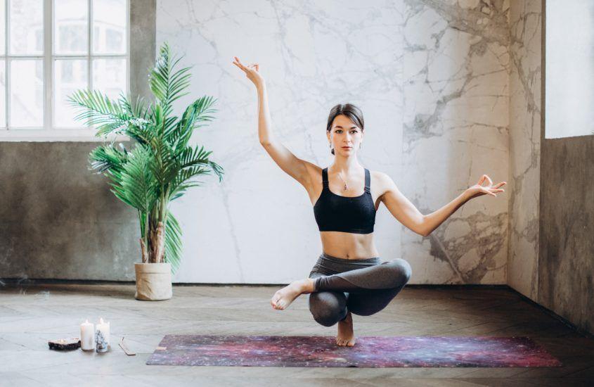 Czym się kierować przy wyborze maty do jogi?