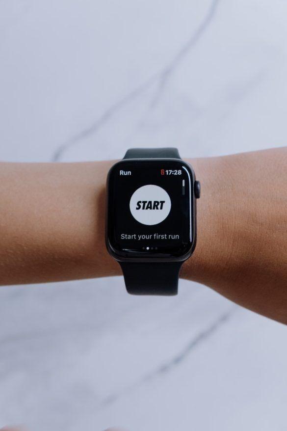 zegarek, który mierzy tętno maksymalne biegacza - pulsometr