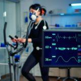 badania dla sportowców - biegaczka podczas testu