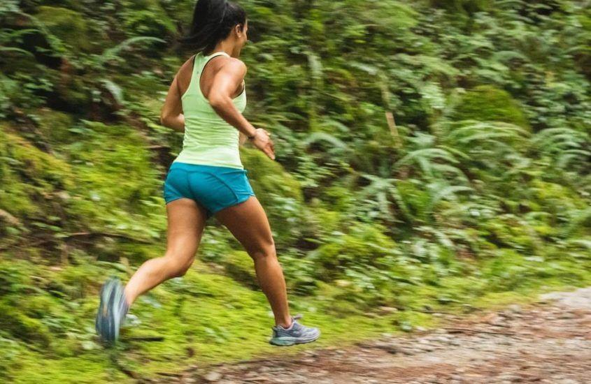 Jak wybrać odzież do biegania? Najważniejsze kwestie
