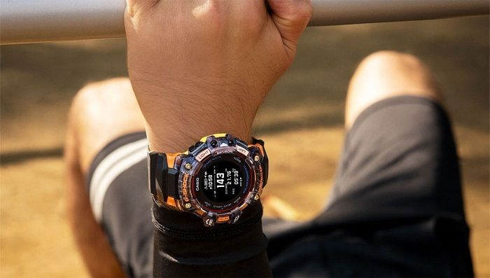5 sensors in one running watch - Casio GBD-H1000