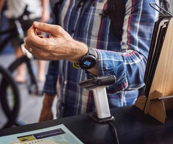 Pay with your watch - Suunto 7