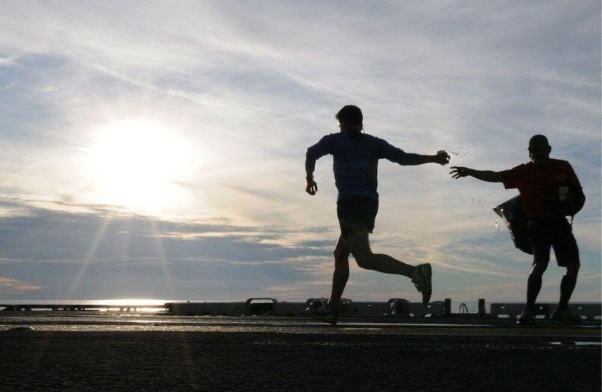 Dlaczego biegając, warto zadbać o sportowe ubranie?
