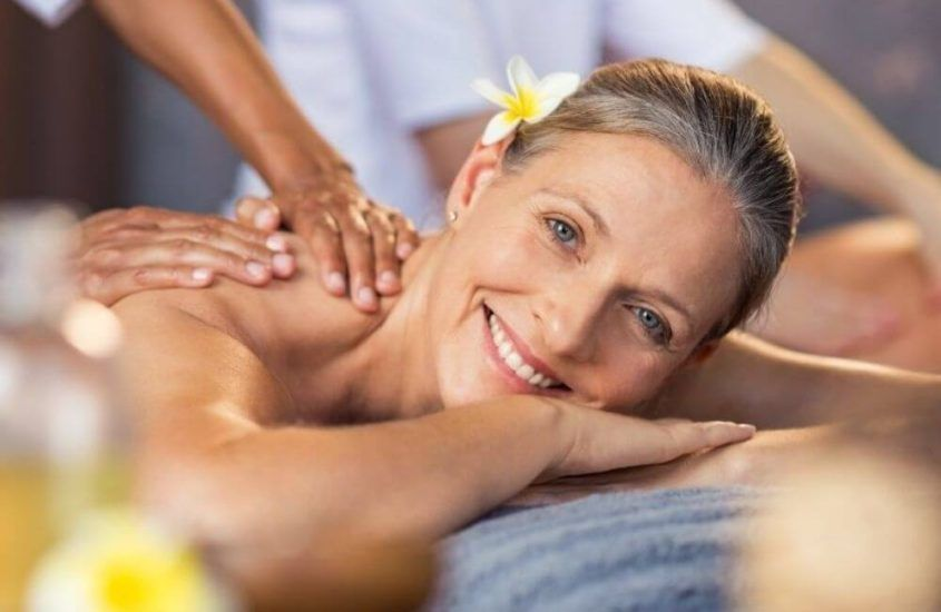 Olejki do masażu – niezbędnik każdego masażysty